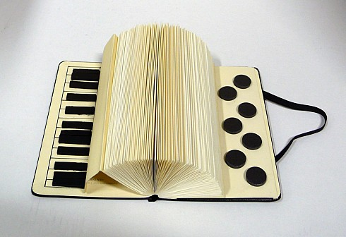 book accordion