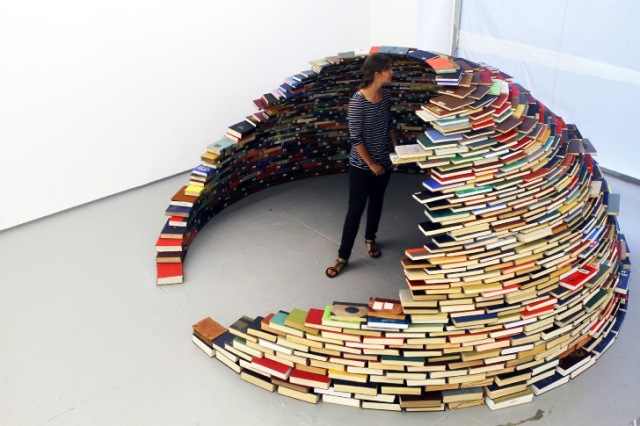 book igloo.jpg